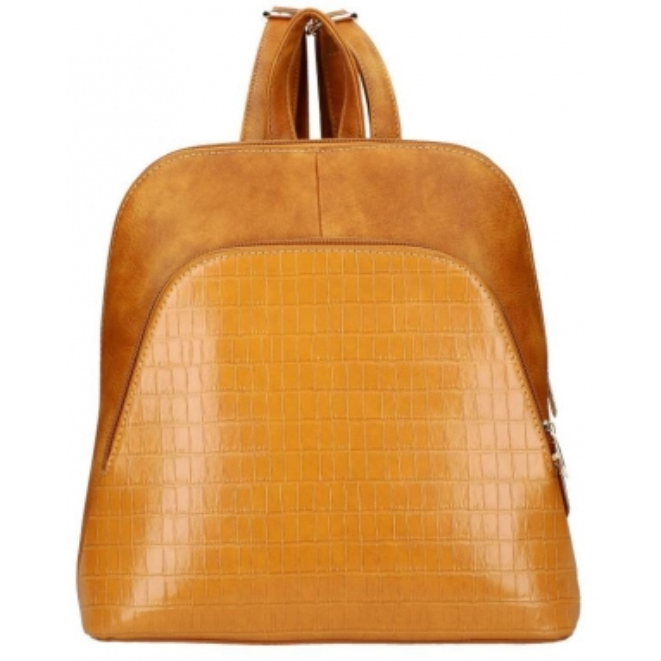 Koňakově hnědý dámský módní batůžek v kroko designu AM0106